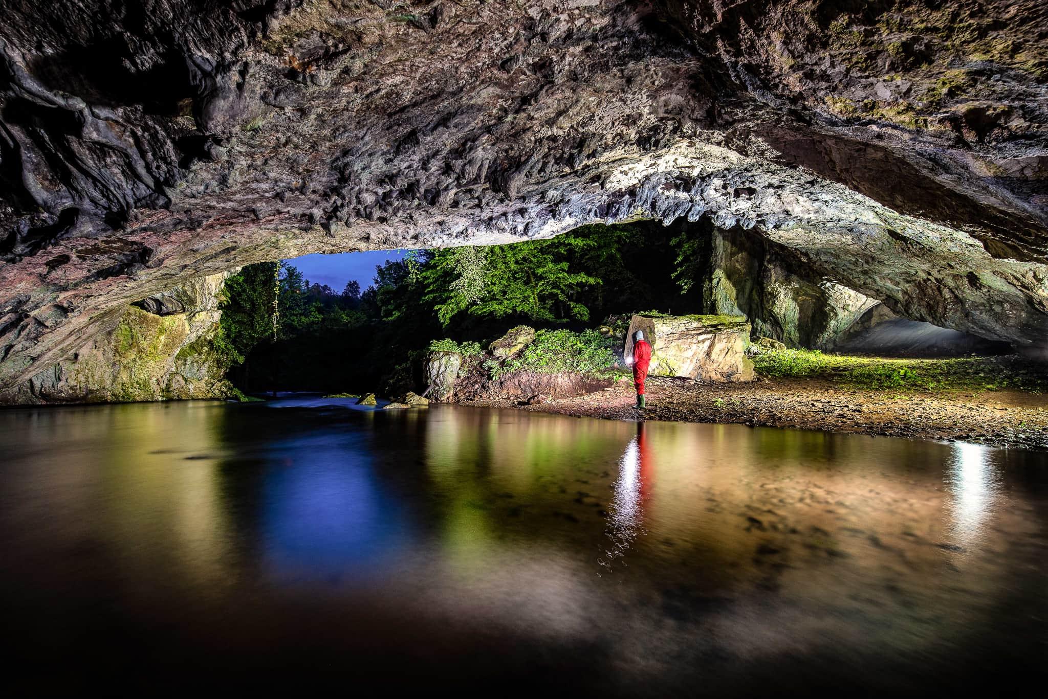 Roman Martin-Caves photography